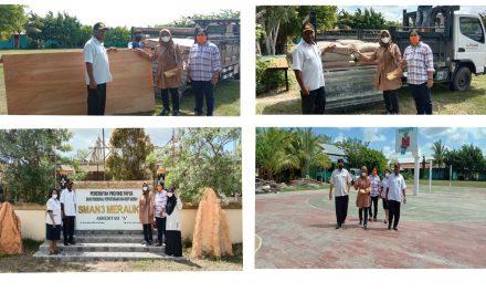 bantuan material Anggota komisi 2 fraksi gerindra DPRP Papua
